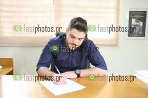 Φωτογραφία Χειραψία & Υπογραφές - Ορκωμοσία Κοινωνικής Διοίκησης Δ.Π.Θ. 25-11-2015